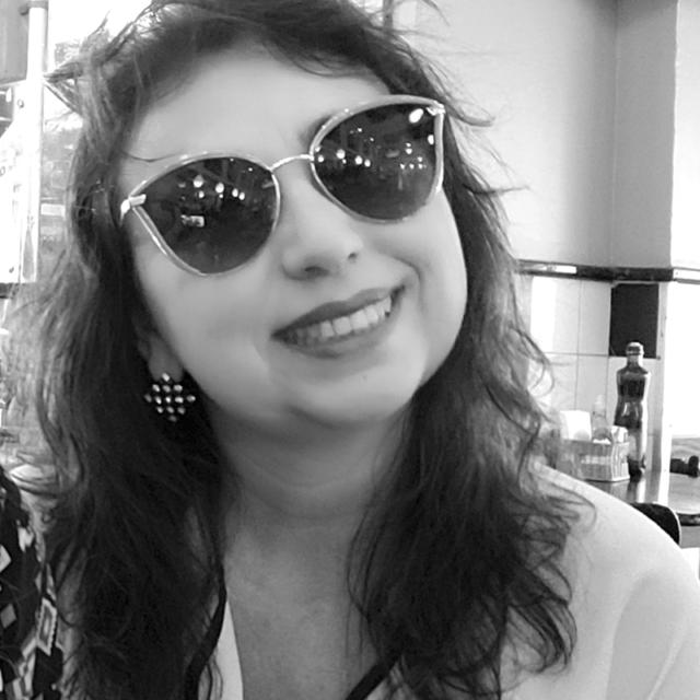 Silvia Rodrigues Vieira