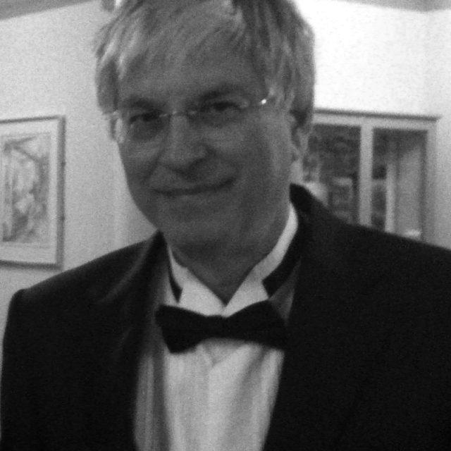 B. Elan Dresher